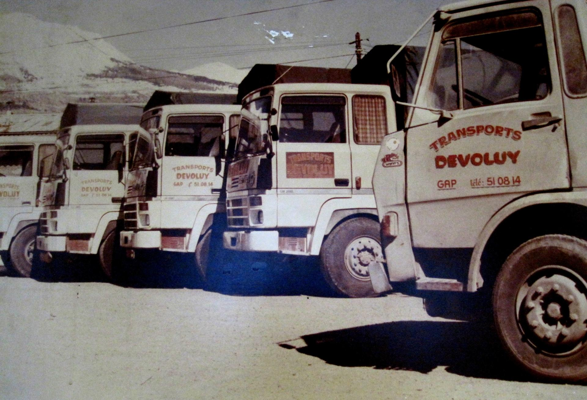 Anciens camions DEVOLUY